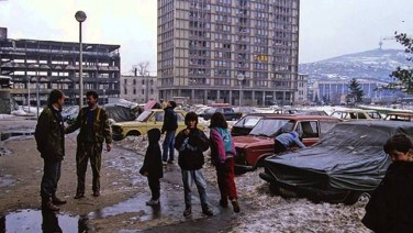 Everyday Life In Sarajevo During The 1992 1995 War